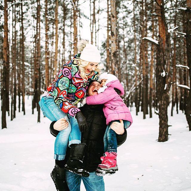 Счастливая семья: Лилия Ребрик растрогала поклонников новыми фото супруга и малышки-дочери