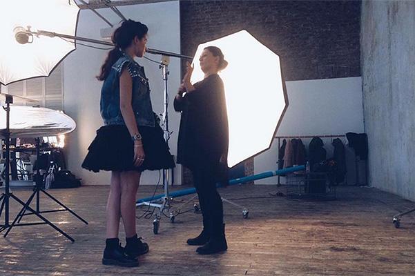 Модный дебют: старшая дочь Ивана Урганта позирует для российского глянца