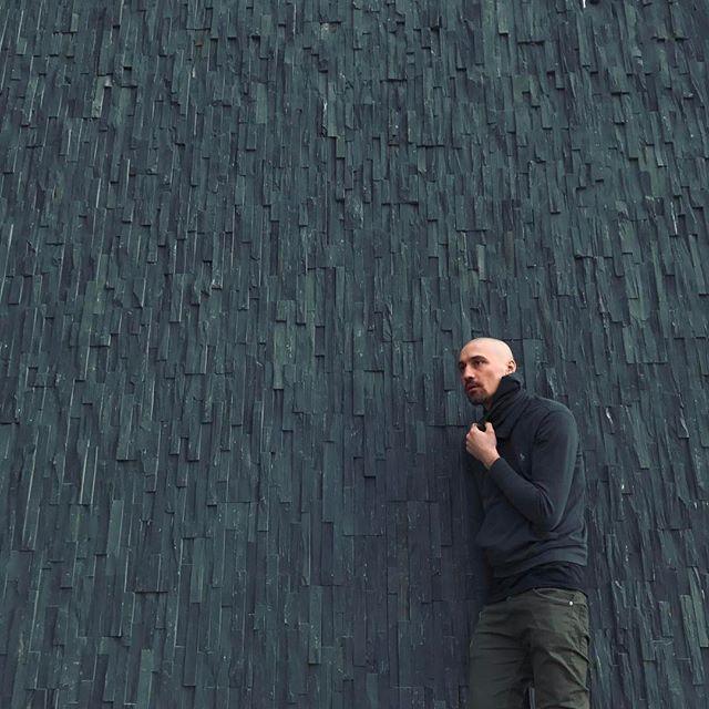 Время для релакса: Дима Билан после госпитализации отправился отдыхать в Исландию
