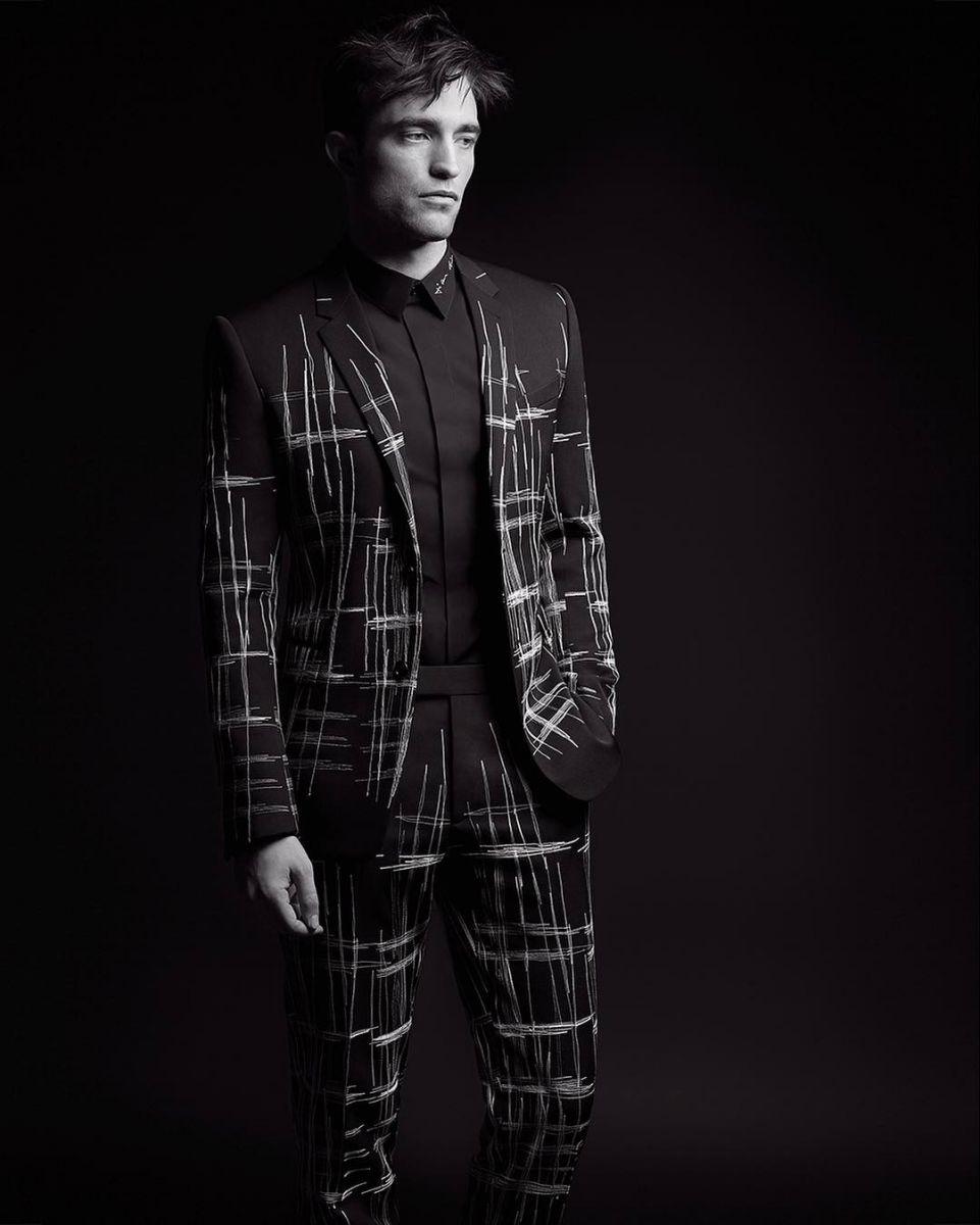 Идеальный мужчина: Роберт Паттинсон в смокинге снялся в рекламе Dior