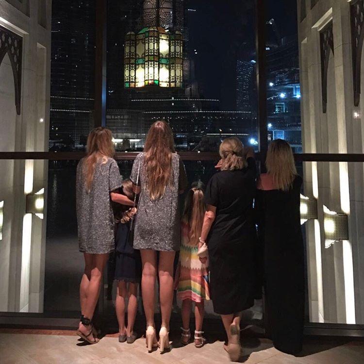 Время для релакса: Вера Брежнева улетела с семьей в Дубаи