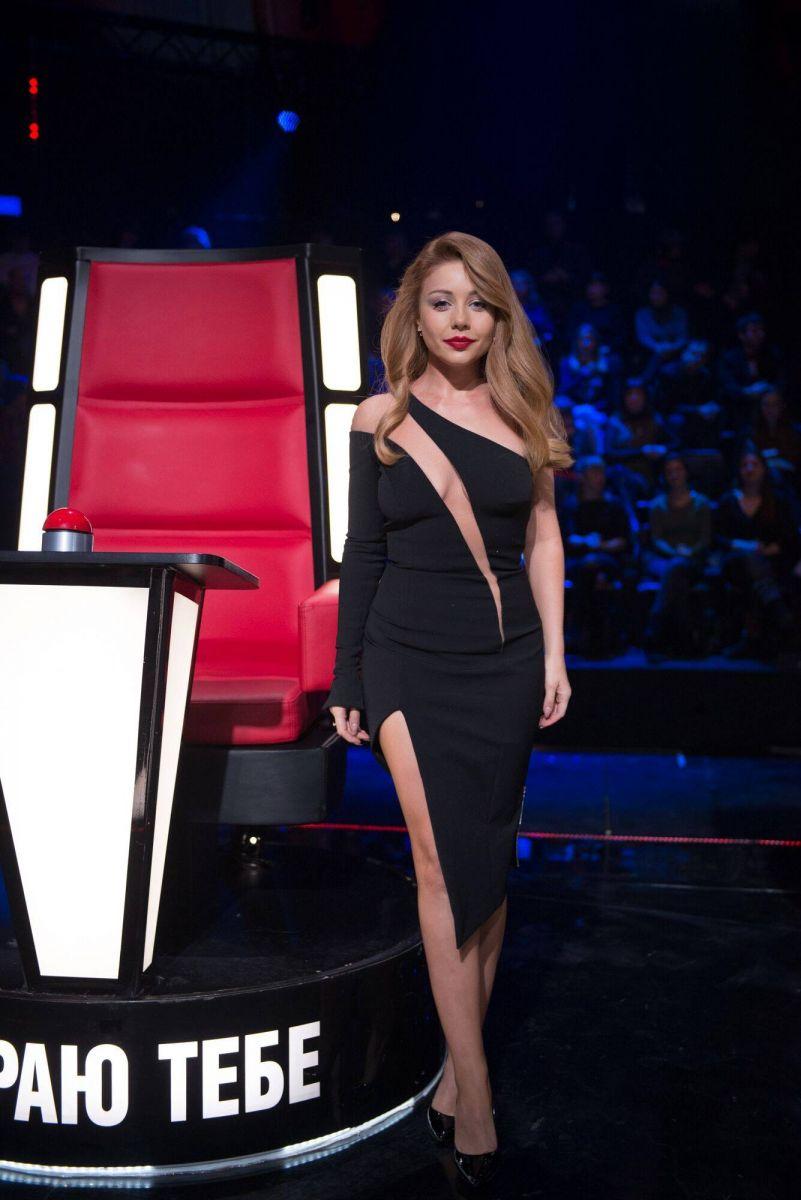 Битва нарядов: Бритни Спирс и Тина Кароль в одинаковых платьях
