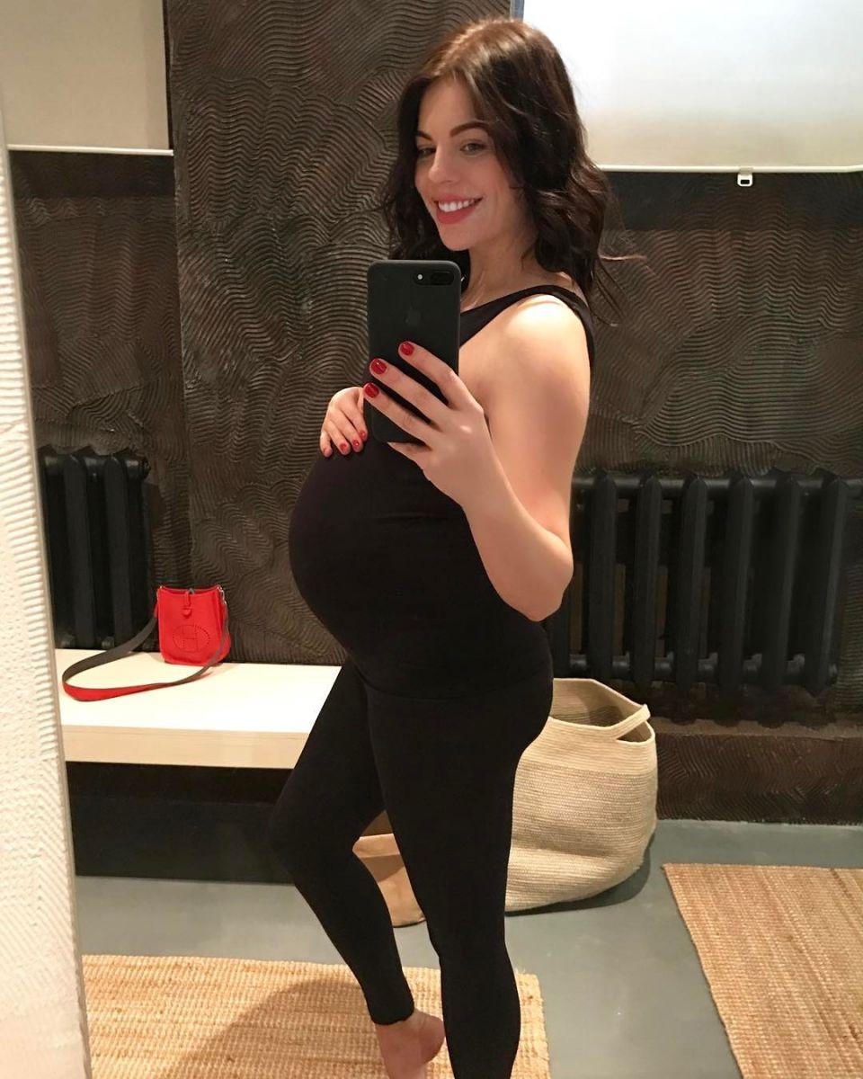 Анастасия Стоцкая родила дочь