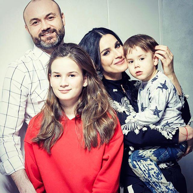Семейные откровения: Маша Ефросинина о муже, детях и воспитании