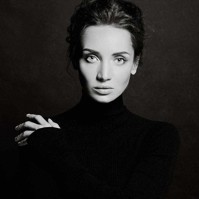 Такая красивая и чувственная: новые фото Татьяны Денисовой восхитили ее поклонников