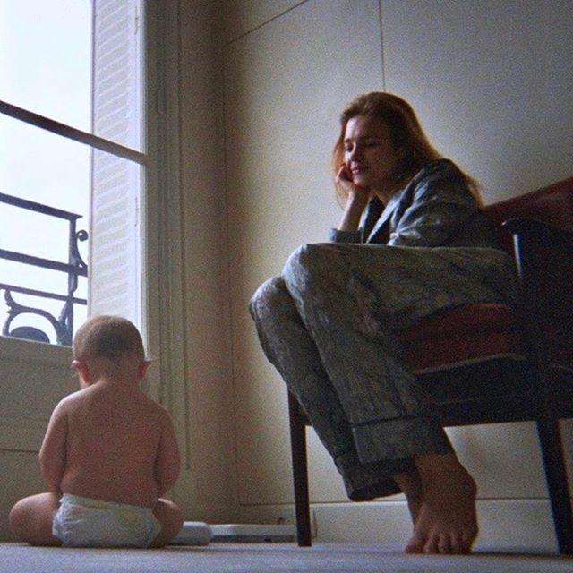 Домашняя и милая: Наталья Водянова поделилась трогательным фото с младшим сыном