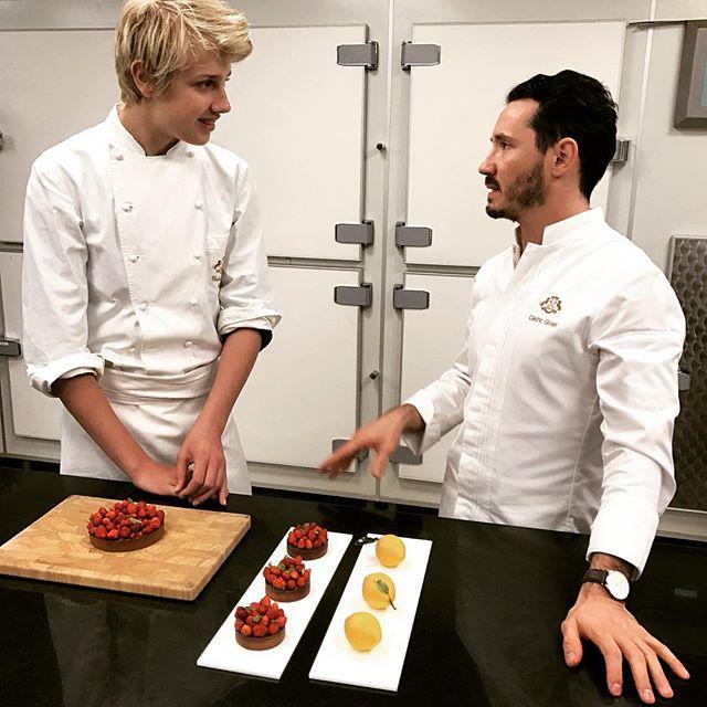 Кто бы мог подумать: сын Наталья Водяновой занимается кулинарией с ведущими шефами Франции