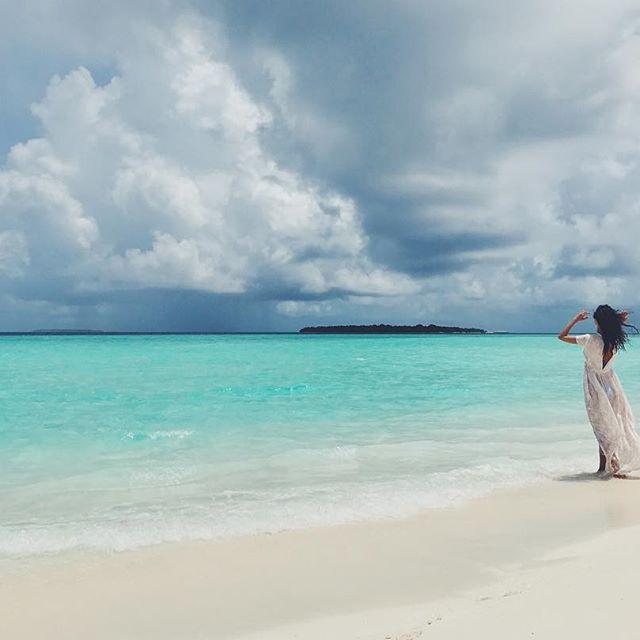Рувшана Куркова восхищает стройной фигурой на снимках с отпуска