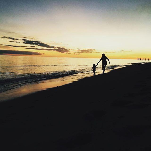 Джастин Тимберлейк опубликовал трогательное фото Джессики Бил с сыном Сайласом