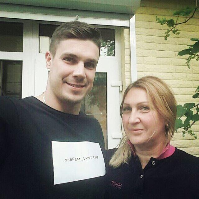 Холостяк Дмитрий Черкасов опубликовал первое селфи с главной женщиной в его жизни