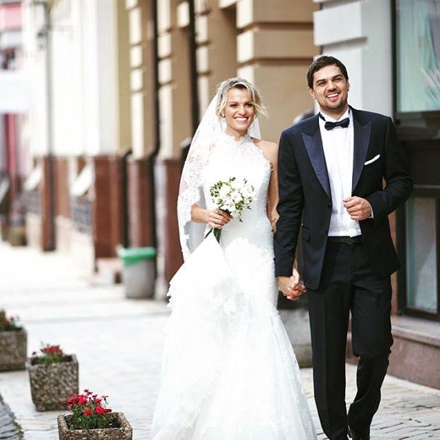 Экс-Холостяк Константин Евтушенко отметил третью годовщину свадьбы со своей любимой женой