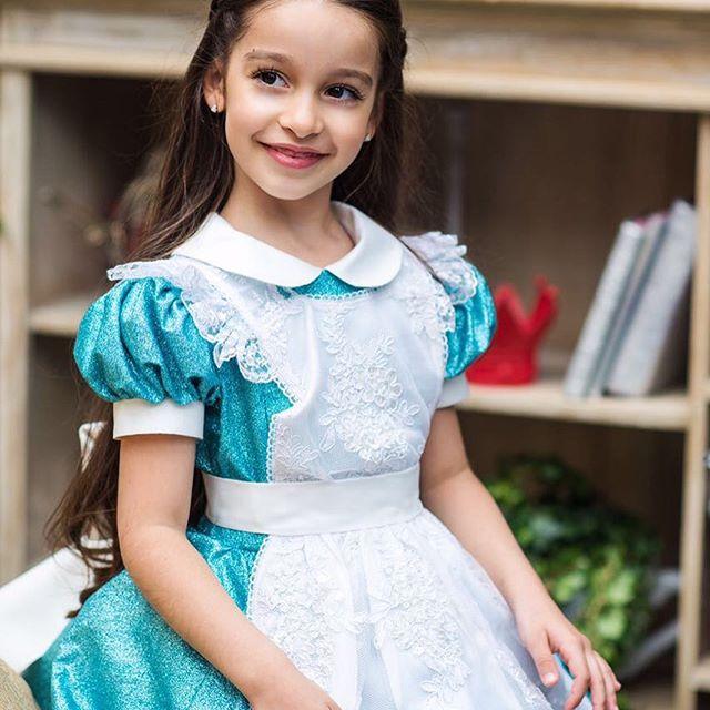Ксения Бородина впервые показала полуторагодовалую красавицу-дочь Теону