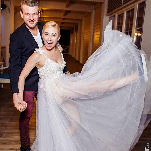 Фотофакт: Тоня Матвиенко и Арсен Мирзоян проводят медовый месяц в Лондоне