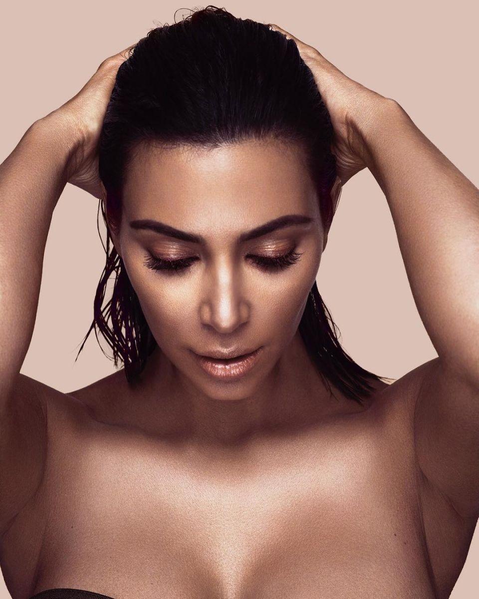 Ким Кардашьян презентовала свою линию косметики