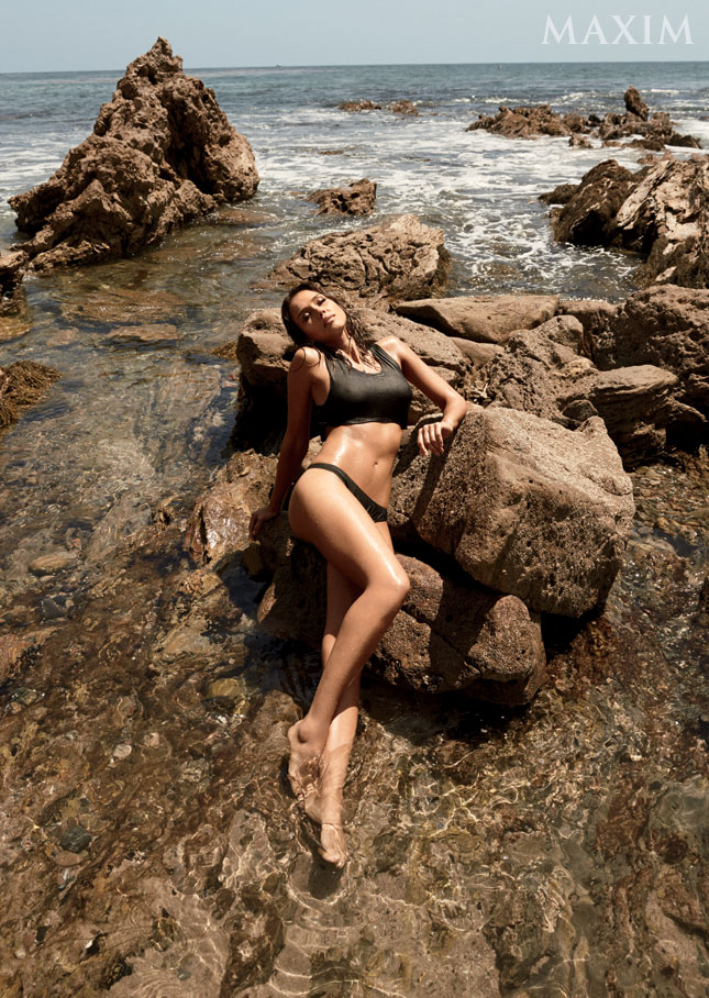 Джессика Альба в откровенной фотосессии