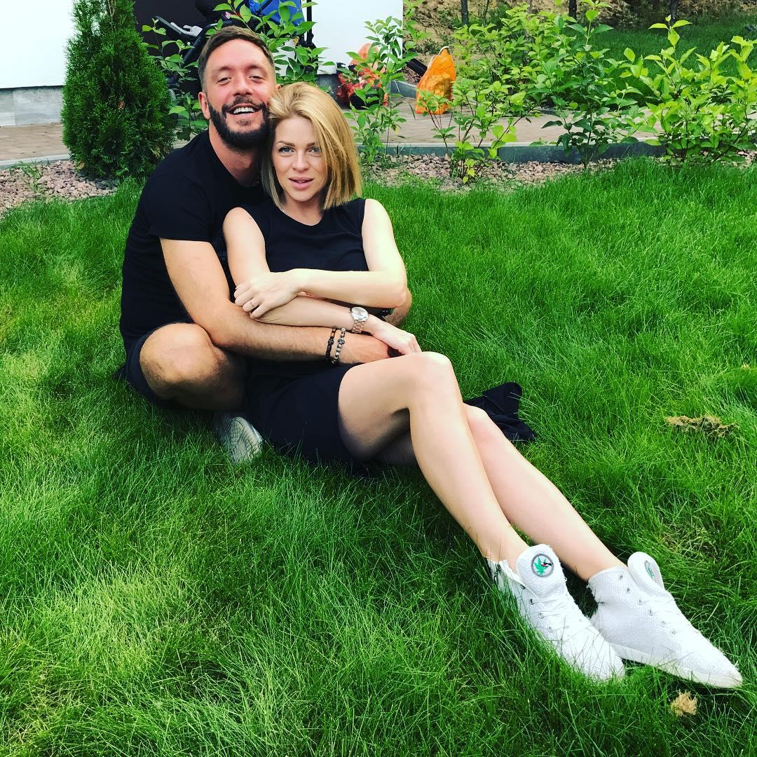 Яна Глущенко впервые станет мамой