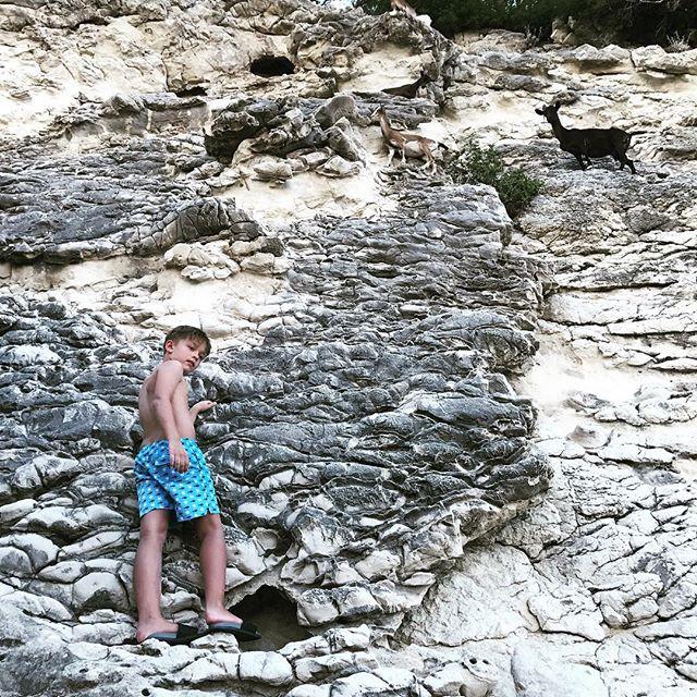 Отдых по-мужски: Потап путешествует вместе с сыном