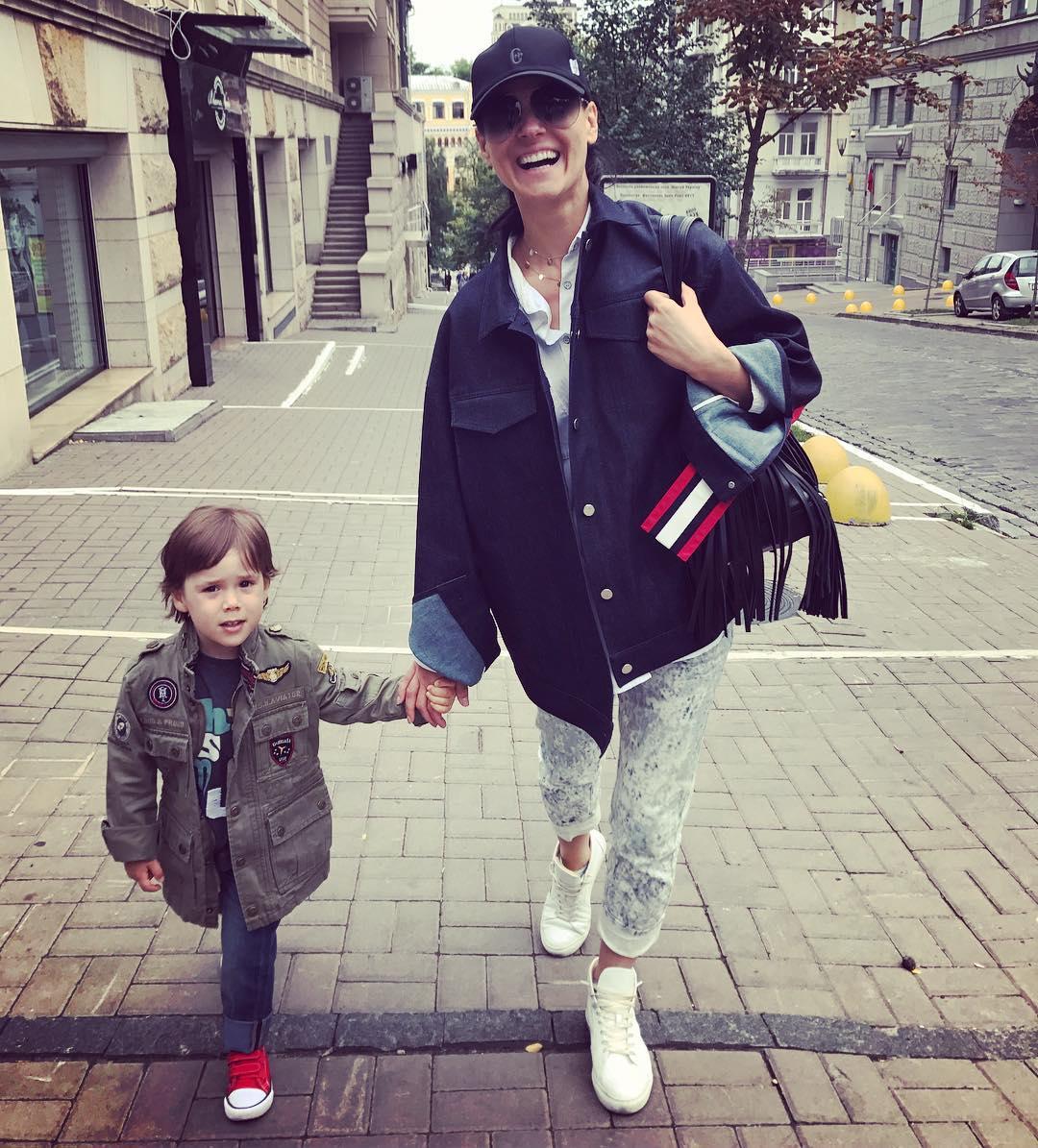 Точная копия: Маша Ефросинина показала редкое фото взрослой дочери