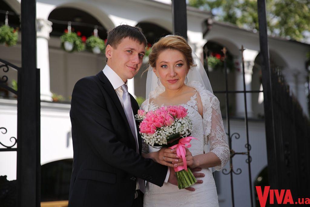 "Ведущая ""Вікна-Новини"" Ольга Кучер вышла замуж"