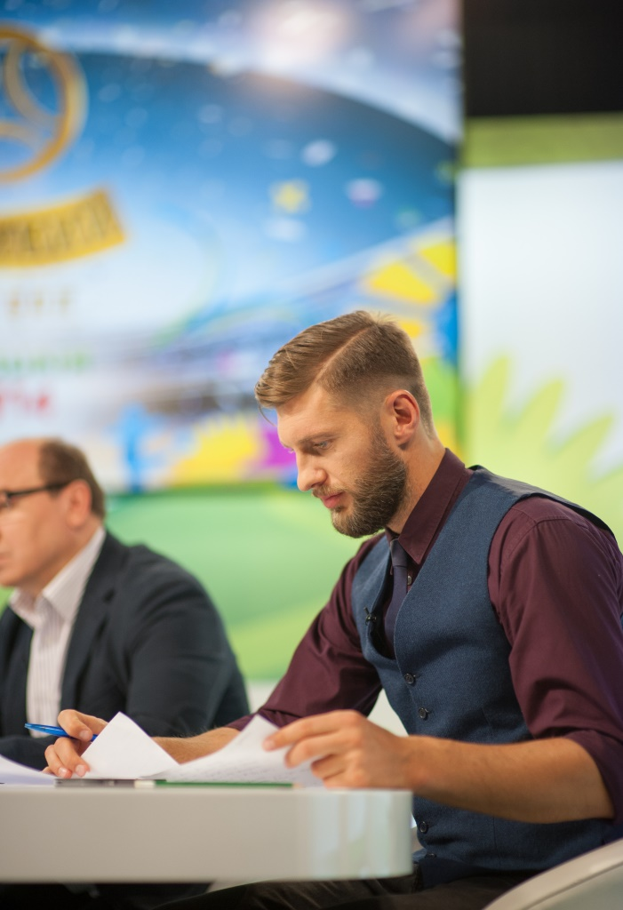 Евгений Левченко Холостяк