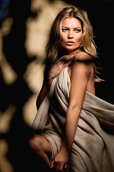 Кейт Мосс обнажилась для фотосессии бренда Rimmel