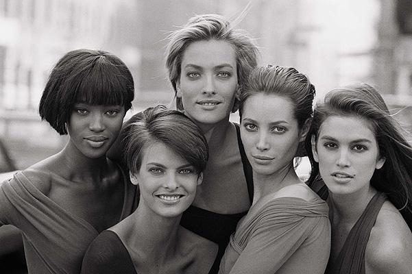 Синди Кроуфорд станет продюссером сериала о модельном бизнесе