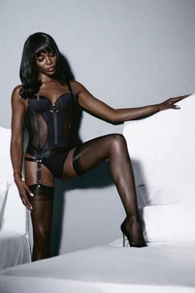 Само совершенство: Наоми Кэмпбелл блистает в рекламной кампании нижнего белья