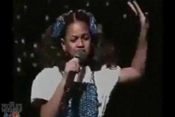 Редкие кадры: в сети появилось видео с выступления 7-летней Бейонсе