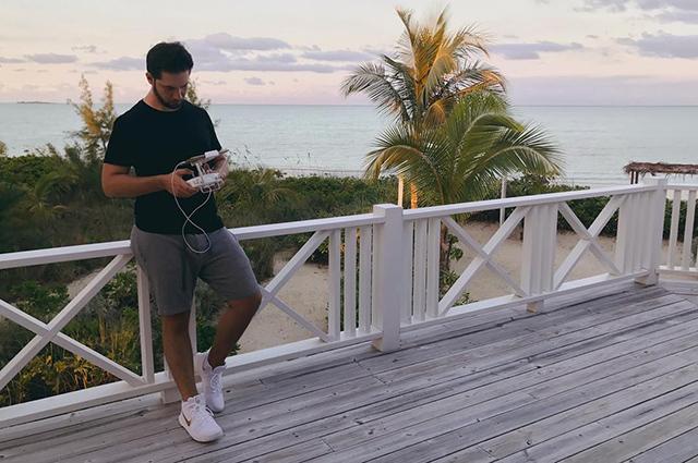 Серена Уильямс и Алексис Оганян отправились в свадебное путешествие на Багамы