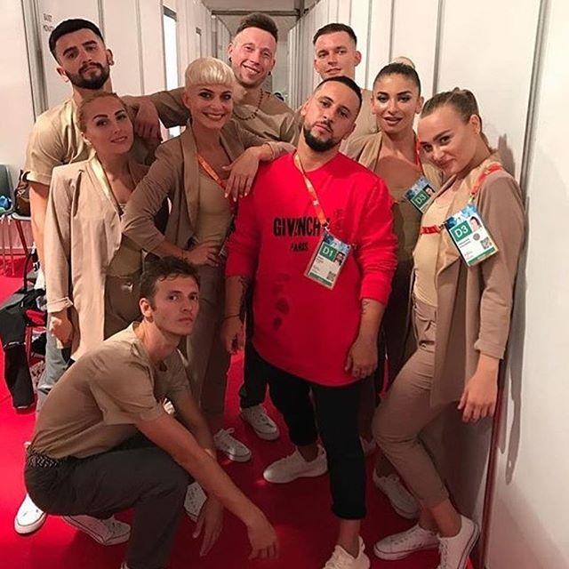 """Очень жарко! Украинские звезды посетили фестиваль """"Жара"""" в Баку"""