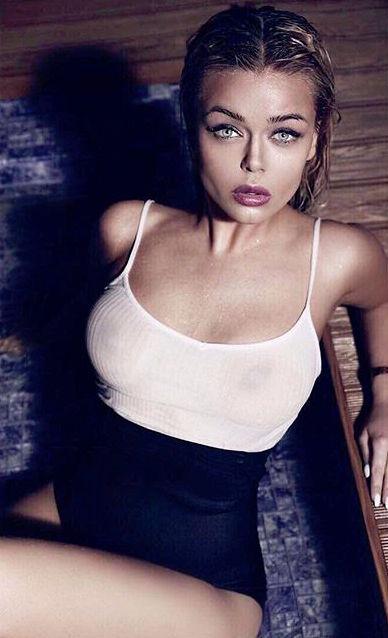 Слишком откровенно: поклонники раскритиковали Алину Гросу за фото в прозрачной майке на голое тело