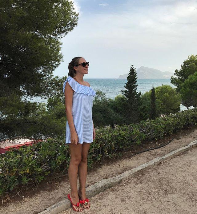 Время для двоих: Катя Осадчая и Юрий Горбунов отдыхают в Испании