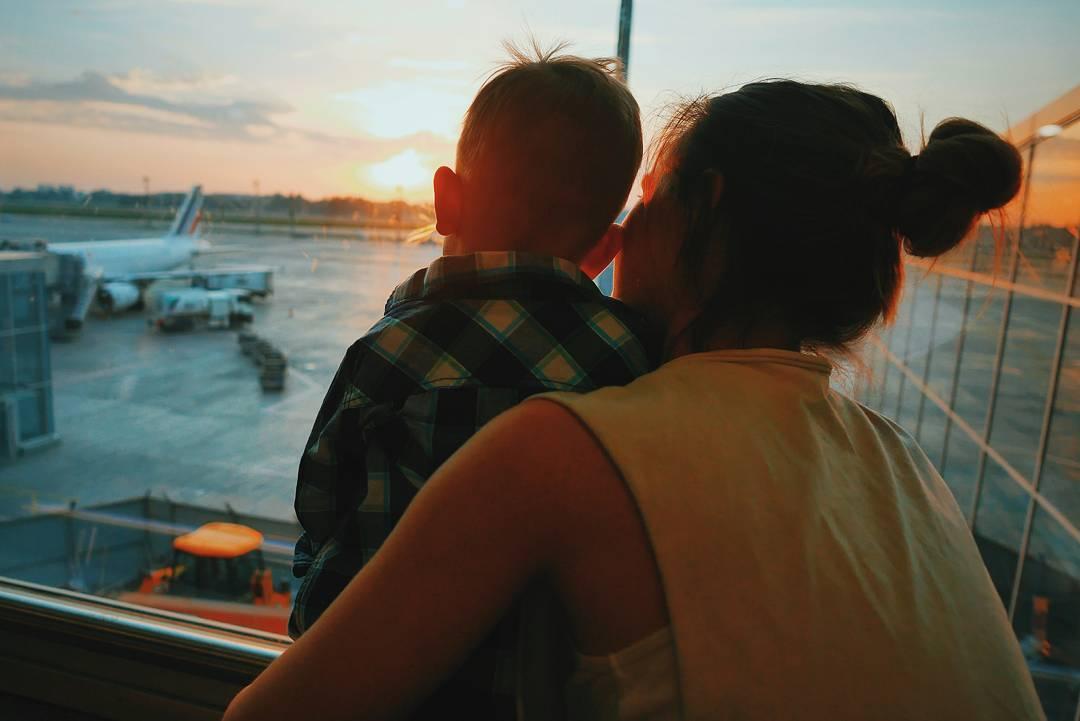Дневник молодой мамы: Юлия Санина рассказала о первом путешествии заграницу с сыном