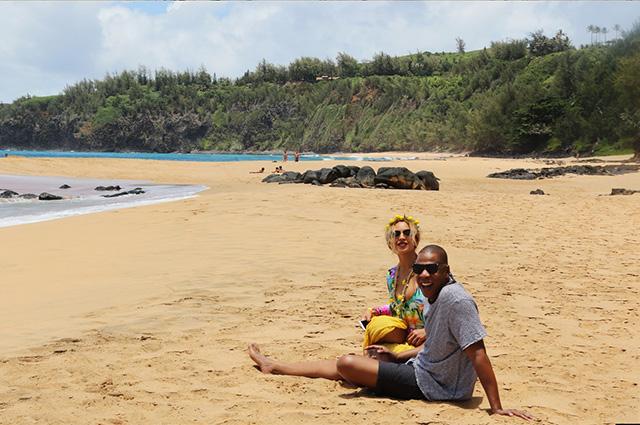 Счастливее не бывает: Бейонсе, Джей-Зи и Блу Айви наслаждаются отдыхом на Гавайях