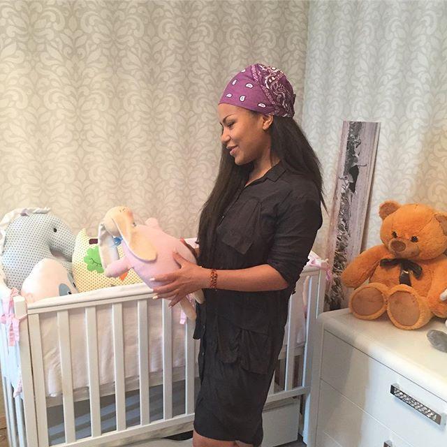 Необычно и очень красиво: Гайтана дала дочери имя драгоценного камня