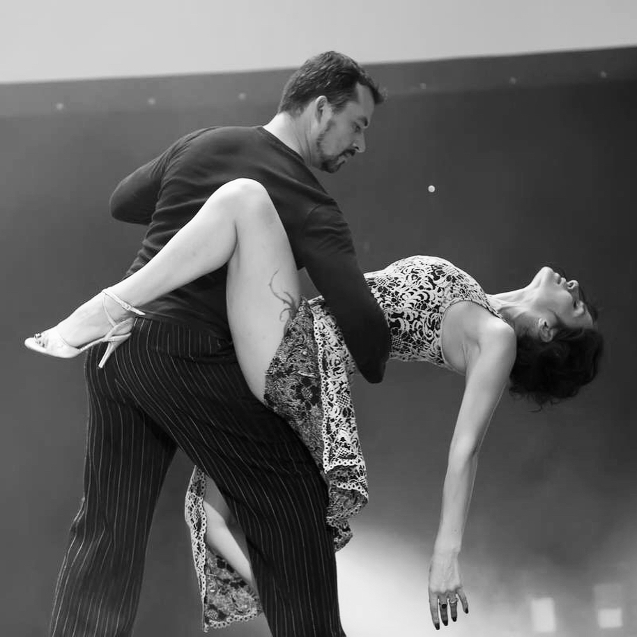 Как настоящая балерина: Надежда Мейхер восхитила снимком на пуантах