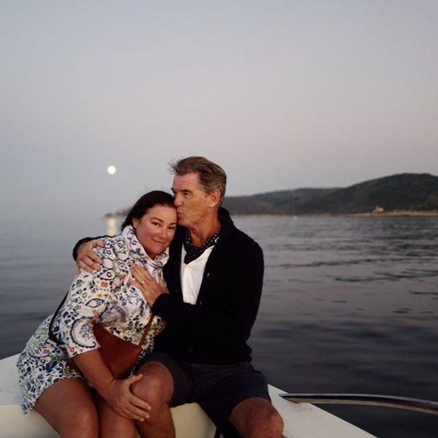 64-летний Пирс Броснан опубликовал нежное фото с супругой Келли