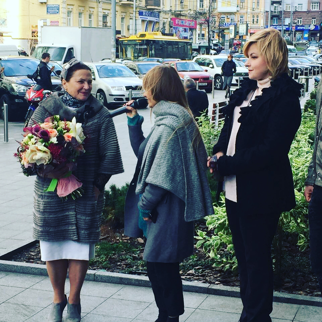 """Петр Порошенко поздравил Нину Матвиенко с днем рождения: """"Она - наш соловейко"""""""