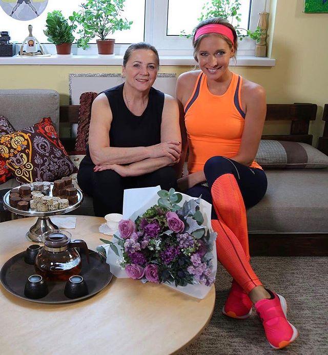 Такой вы ее еще не видели: 70-летняя Нина Матвиенко в спортивном костюме