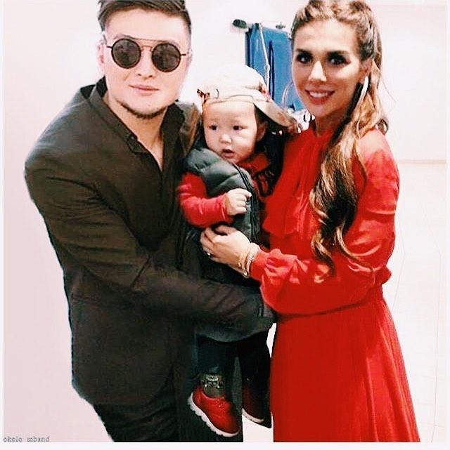 Любимые мужчины: Анна Седокова впервые показала лицо сына Гектора и своего нового бойфренда