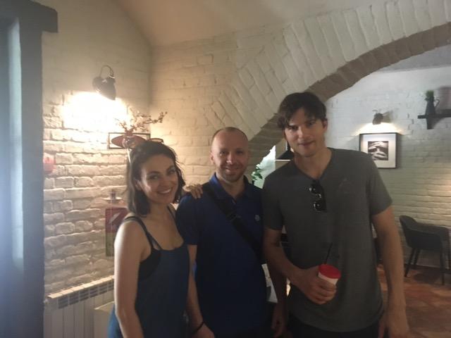 Мила Кунис втайне от всех привезла Эштона Катчера в Украину