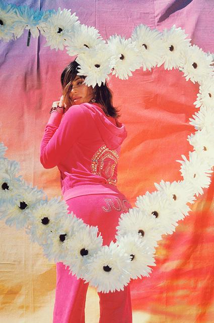 Ким Кардашьян обескуражила поклонников новой фотосессией
