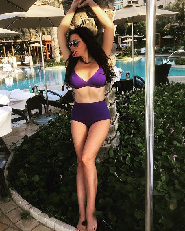 Как похудела! Ирина Дубцова восхитила стройной фигурой в купальнике