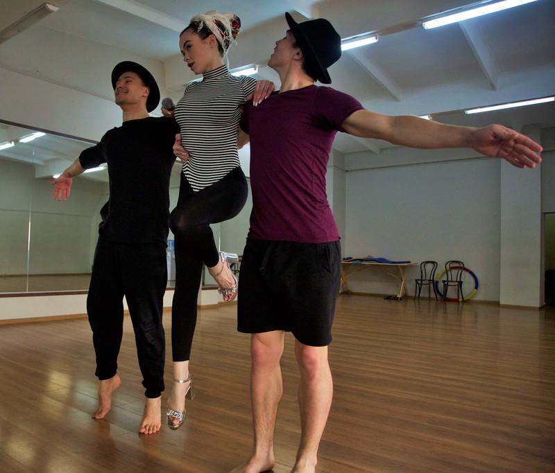 Скрытая камера: Мария Яремчук танцует в боди