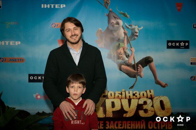 Сергей Притула вышел в свет с повзрослевшим сыном