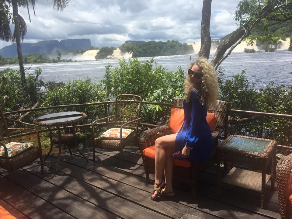 Экзотика вместо подиума: украинский дизайнер Анастасия Иванова отдохнула в Венесуэле