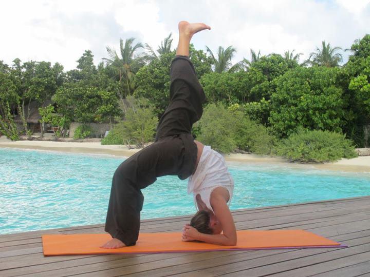 Жанна Фриске йога