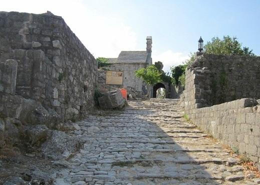 Откройте культурное богатство Черногории с Сильпо Вояж