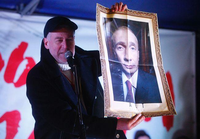 Артемий Троицкий рисует печальную перспективу России на 2015 год