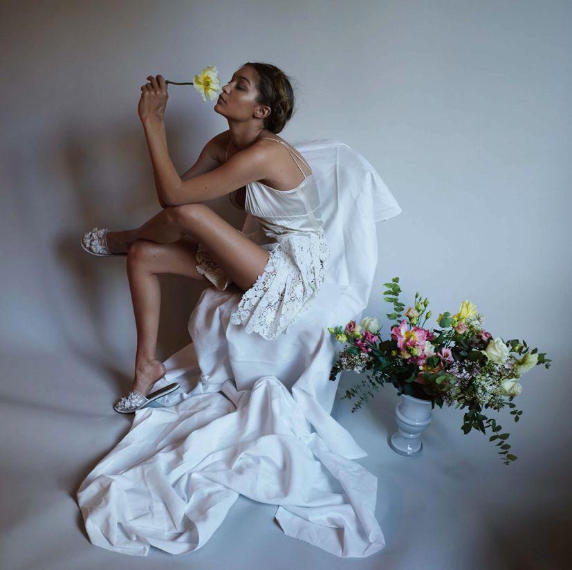 Неподражаемая Джиджи Хадид украсила обложку немецкого глянца